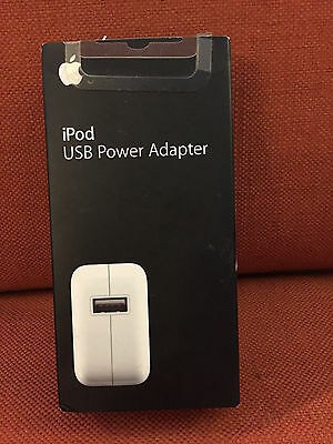 Apple Ipod Usb Power Adapter Original Box - $29 Value - Lightly Used - Ma592Ll/a