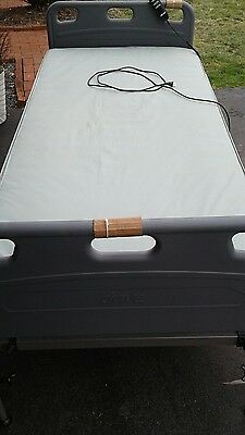 DRIVE ELECTRIC ADJUSTABLE BED (excellent condition )