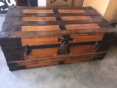 Beautiful 1800's Antique Steamer Trunk Chest Lift Out Tray 1880's Wooden Wood