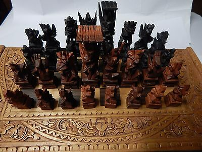 chess set finely carved wood chess peices