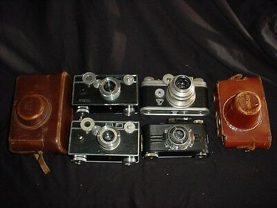 Vintage Lot 4 Argus Cameras  and 2  cases