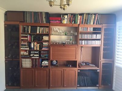 Chiswell bookcase unit (5 sections) - minor damage
