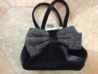 *Girl's* *The Children's Place Black Dressy Purse*
