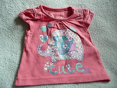 ** Cute Baby Girl Elephant T-Shirt - TU (Up to 1 month) **