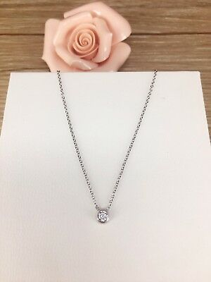 18k white gold with round brilliant cz pendant necklace