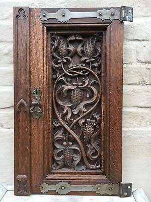 Top Quality Neo Gothic Church Door in oak with original hardware circa 1880 2