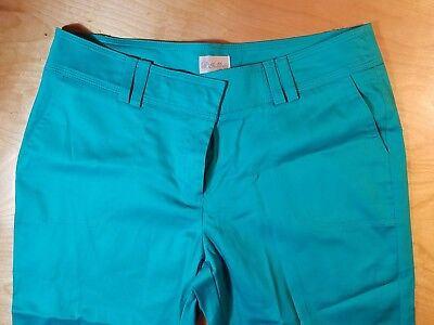 Women's In Moda Com Capri Pants  Size 8 Teal Solid Color
