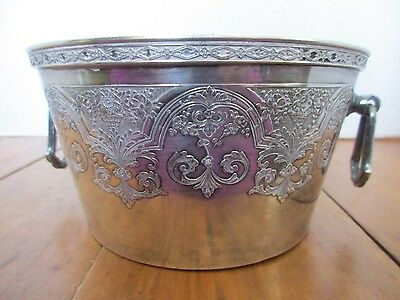 """Wilcox """"paisley"""" Silverplate Ice Bucket - 2 Handles -Hard To Find"""