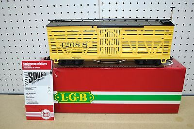 LGB 4268S Stock Car w/Cattle (Cow) Sounds *G-Scale* NEW