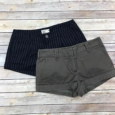 Lot of 2 Pairs of Womens 2 Shorts American Eagle AE BCBG Maxazaria Navy Blue B5