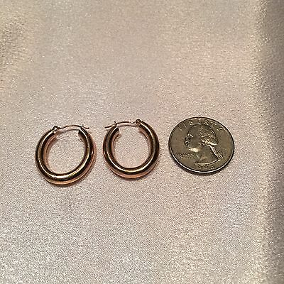 14k Yellow Gold Hoops Earrings. You can make an price offer on all my items!