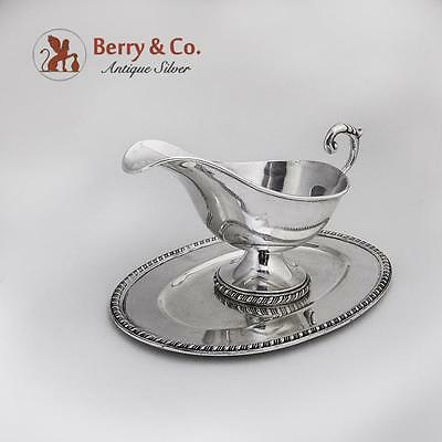 Colonial Revival Gravy Boat And Under Plate Sterling Silver 1960 Conquistador