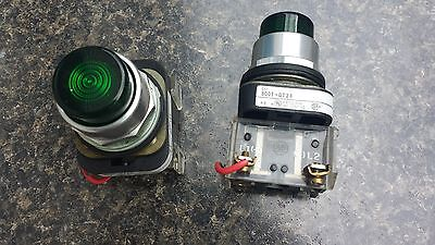 "Allen Bradley ""push To Test"" Green Lights.  Used.  2 800T-Qt24. 24V Ac/dc"