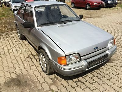 Ford Escort IV 1.6i 66/90 KW/PS L4B  47.838 Km