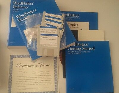 Wordperfect 5.1 software and manuals (vintage 1989) DOS Windows OS/2