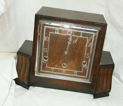 Large 1930/40s Oak Cased Westminster Chimes Mantel Clock