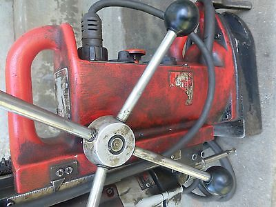 "Milwaukee 4202/3 1/2"" Magnetic Electromagnetic Drill"