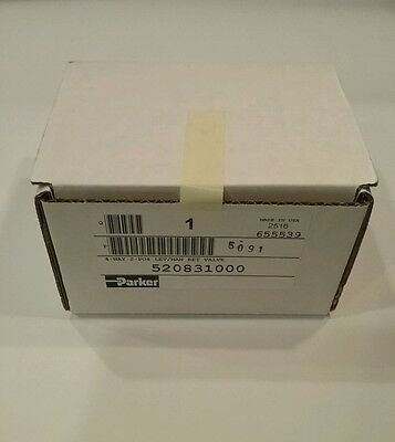 "**NIB** PARKER 520831000 1/4"" Manual Air Control Valve, 4-Way, 2-Position"