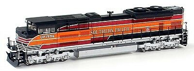Walthers HO  EMD SD70ACe Diesel Locomotive, Southern Pacific #1996 dcc/sound