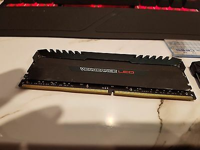 corsair vengeance led ddr4 4×8 stick