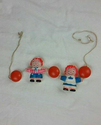 Vintage Raggedy Ann and Andy String Toy Wall Decor 1975 The Bobbs Merrill Co