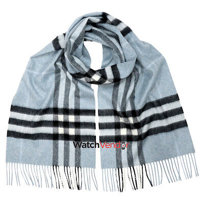Burberry Classic Cashmere Scarf in Check - Dusty Bue