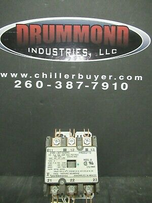(1) Tyco / Pu Contactor 40 Amp 50 Res 600V 3 Ph 120V Coil 25 Hp # 3100-30T1028Mc