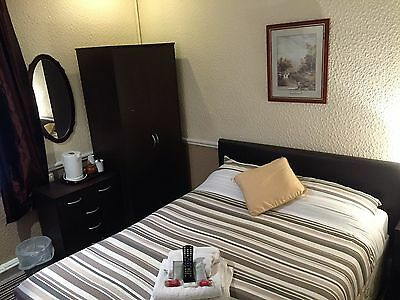 Blackpool Town Center Guest House 9Th - 13Th October Mid-Week Special Offer