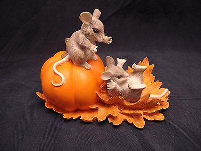 CHARMING TAILS - PUMPKIN SLIDE (Signed)