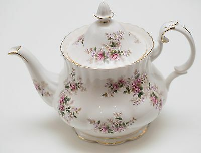 Royal Albert Lavender Rose Large Teapot 6-8 cup Made in England