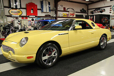 2002 Ford Thunderbird PREMIUM HARD TOP CHROME CONTINENTAL KIT 2268 MILES 2268 MILES,CLEAN CARFAX PREMIUM CHROME WHEELS HARD TOP CONTINENTAL KIT POWER TOP