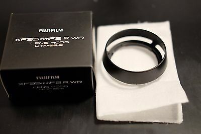 Fujifilm LH-XF35-2 Hood for XF 35mm f/2 R Lens - Black