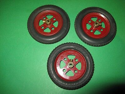 "Meccano 2"" Pulleys and Dunlop & Dunlop Cord Tyres"