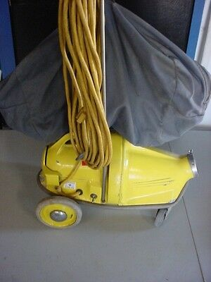 Nss M-1 Pig Portable Commercial Heavy Duty Vacuum Cleaner And Attachments