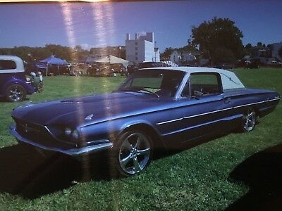 1966 Ford Thunderbird  1966 Ford Thinderbird