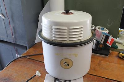 Vintage Porcelain Master-Grande Portable Washing Machine Works W/ Agitator