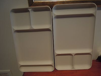 2 Vintage Tupperware Tv Trays 4 Divided Sections Beige Camping Bbq Tv Dinners