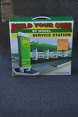 Build Your Own BP Model Service Station-New