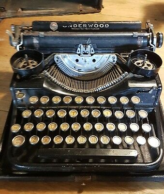 Rare small antique Underwood 1930s Vintage portable  Typewriter shop display