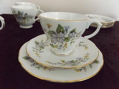 5 x trios DUCHESS BONE CHINA
