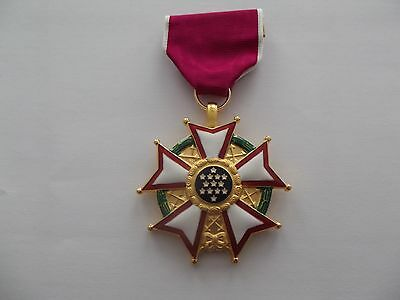 ^*(A19-017) LEGION OF MERIT  original US Orden !