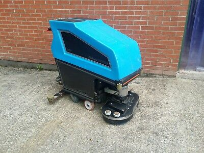 Walter Broadley 36v Scrubber Dryer 26""
