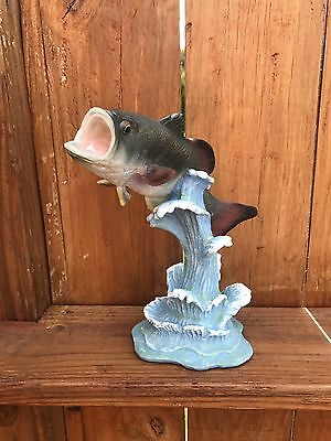 Freshwater  Bass resin statue 9'' Height Statue Figurine