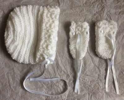 Hand Knitted Baby Bonnet & Mittens 0-3 Months New