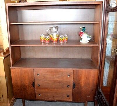 Stanley Furniture Mid Century Modernism Console Breakfront