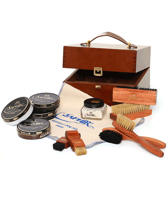 "Saphir Medaille D'or 1925 Wooden ""Shoemaker"" Valet Box"