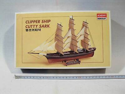 Academy 1406  Clipper Cutty Sark 1:350 sealed in box  mb2285