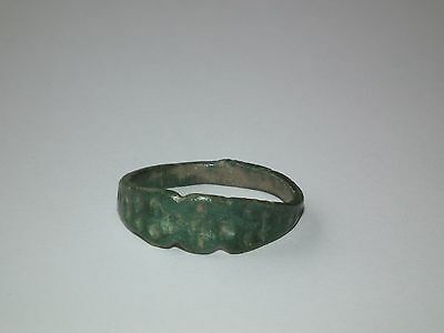 Ancient Old Medieval Bronze Ring (673-0717)