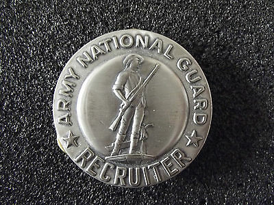 ^ A22-086 US Army National Guard Recruiter Badge silber