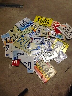 Lot of 50+ Various License Plate Scrap Pieces For Arts & Crafts Or Whatever